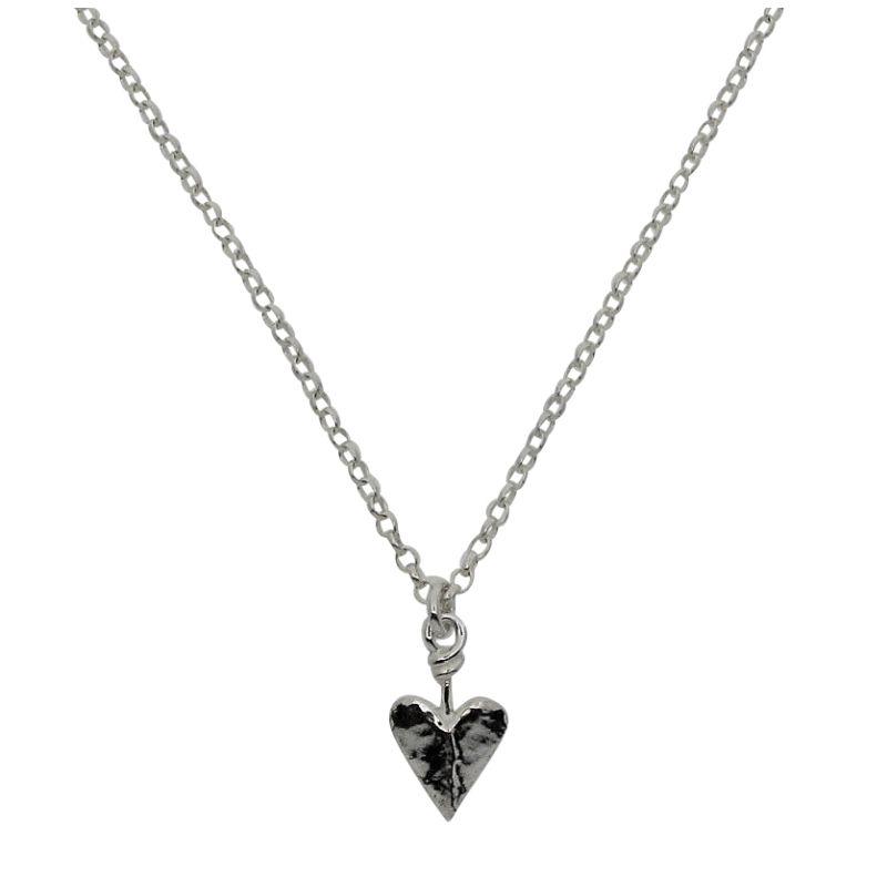 Small Pre-Raphaelite Heart necklace